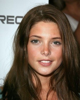 Peso y Altura de Ashley Greene