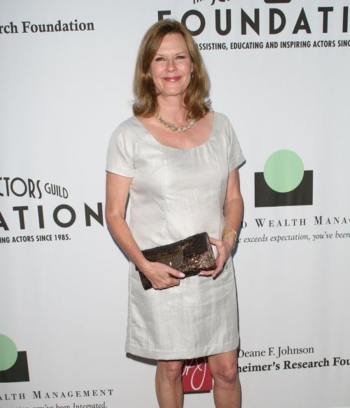 Peso y altura de JoBeth Williams