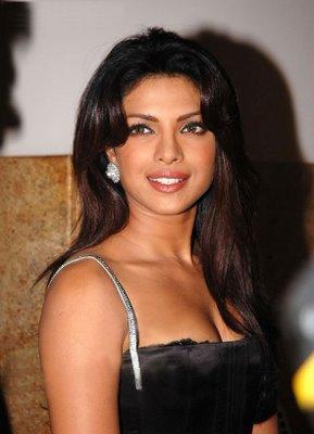 Peso y altura de Priyanka Chopra