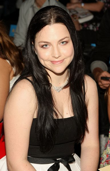Peso y altura de Amy Lee