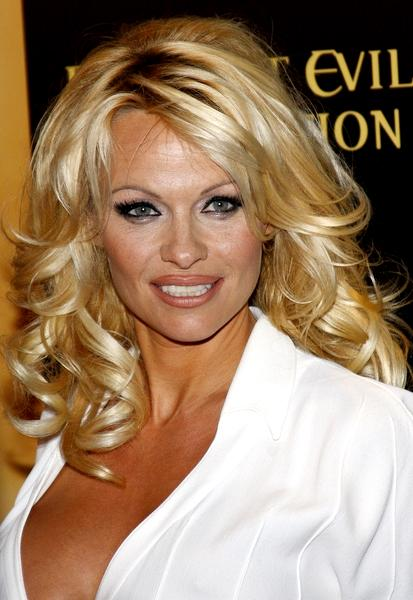 Peso y altura de Pamela Anderson