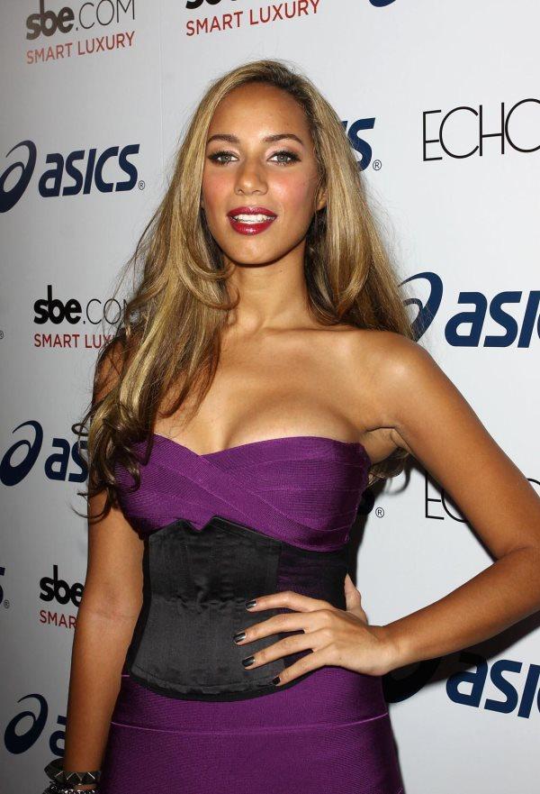 Peso y altura de Leona Lewis